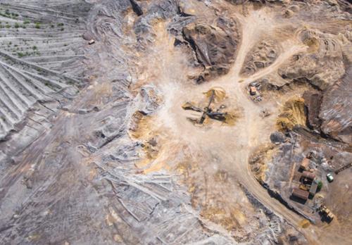 鉱山の状況